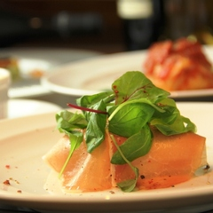 【夕食のみ】洋食ディナーを堪能★朝の時間は自由にのんびり過ごす プラン