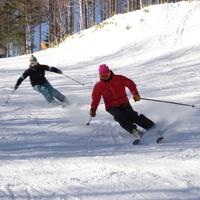 【平日限定3つのスキー場から選べるリフト2日券】食事軽めリーズナブルにスキー&スノボを楽しみたい方へ
