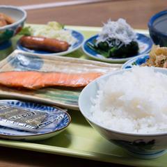 朝食付き☆チェックイン15時〜23時半までOK&全室ネット利用無料♪