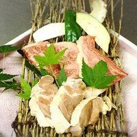 【楽天限定】ヒマラヤ産岩塩であっさり★A3〜A4ランクの『豊後牛』&『冠地鶏』溶岩プレート焼きプラン