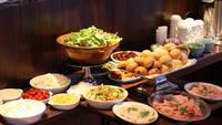【朝食付】豊富なお惣菜が美味しい!約40種類以上自慢の和洋バイキング!【アパは映画もアニメも見放題】