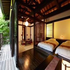 【露天風呂付き離れ客室】ヒノキ露天風呂のお部屋