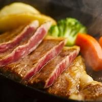 【人気NO2☆お二人限定】極上『米沢牛』ステーキをシェアして堪能♪米沢豚の源泉しゃぶしゃぶ膳とともに