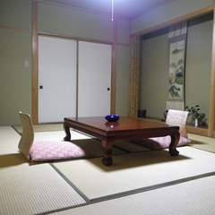 *和室10畳 ※眺望(赤倉・妙高・佐渡・米山)