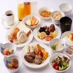 【朝から元気いっぱい☆種類豊富な約40品目】ビジネス・レジャーに便利♪朝食バイキング付プラン