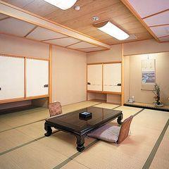 【和室】■10畳■客室風呂無し、トイレ付き