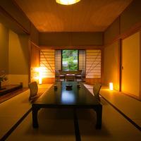 【バス付き和室(10〜12帖)〜川を望む〜 】‐白木館客室‐
