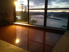 四万十川河口、絶景の秘湯貸切と1泊2食付宿泊プラン。