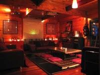 10〜35人利用可 Barカウンター&Djブースのあるプライベートパーティー仕様のログハウス貸切!