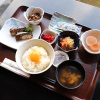 こだわり卵付きの和洋選べる朝定食プラン【駐車場無料・コンビニ徒歩1分】