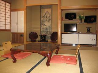 和室10畳〜15畳・3部屋続きの大部屋(バス・トレイ無)