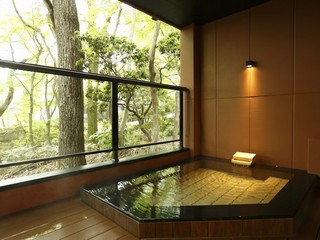 【月の泉スタンダードStyle】解放感溢れる贅沢な広さの露天風呂付き客室と創作懐石料理を愉しむ旅