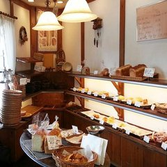 スタンダードプラン<パン屋さん焼きたて直送パンで朝食付>◆駐車場無料◆