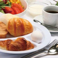 ☆早期割7☆1週間前までの予約でお得に宿泊!<パン屋さん焼きたて直送パンで朝食付>◆駐車場無料◆