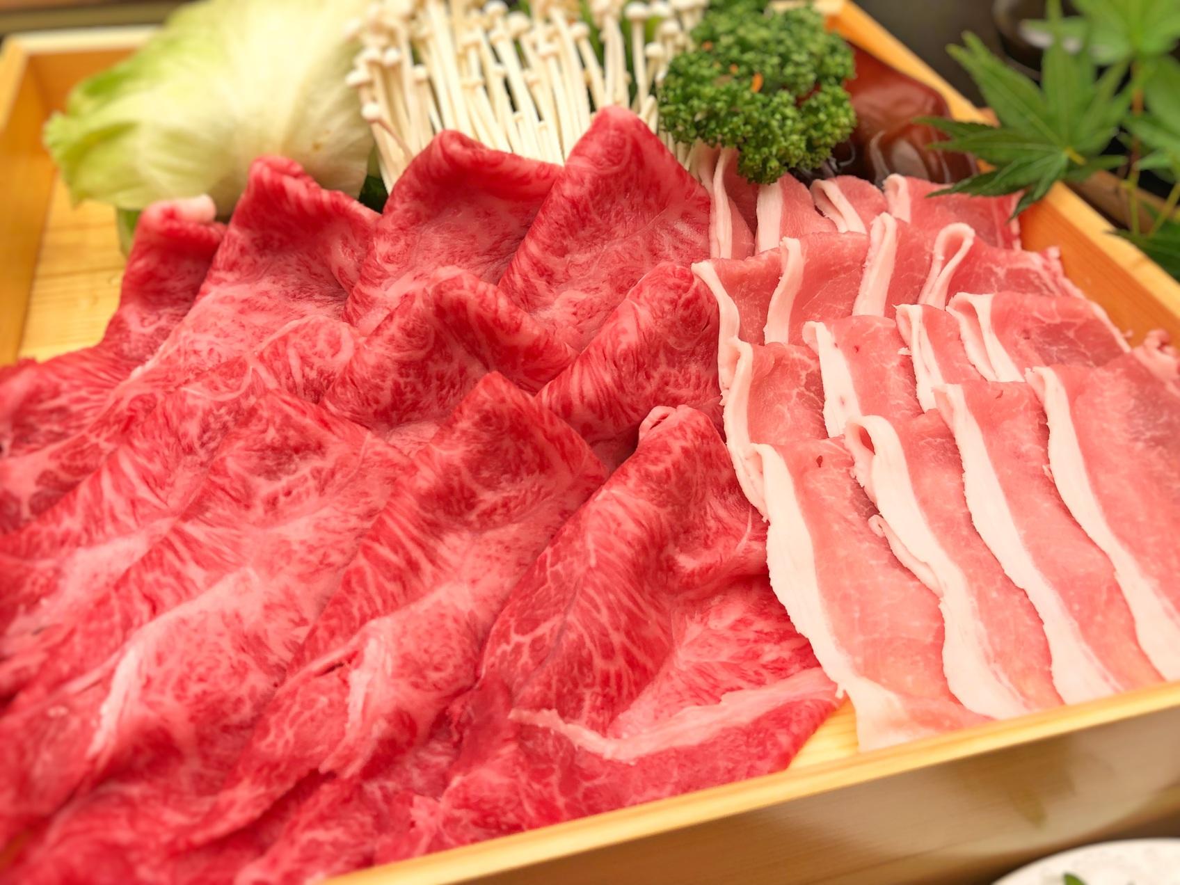 メインは山形牛と庄内豚の合い盛りしゃぶしゃぶ【月膳コース】禁煙ルーム