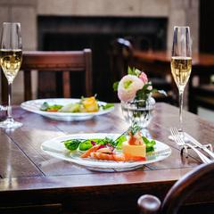 【女子旅】【レディースプラン】但馬野菜を使ったヘルシーフレンチ+1本ボトルワイン+フルーツプレート付
