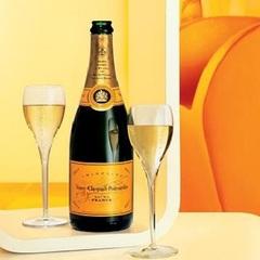 【カップル・ご夫婦で♪】お部屋でスパークリングワイン&ゆっくりとレイトチェックアウトプラン