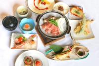 【春夏旅セール】【極】モダン会席☆ ワンランク上の会席料理《1泊2食付》