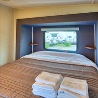【春夏旅セール】トレーラーハウス型ホテル♪カップルや家族で楽しもう♪春休みやGWを満喫♪【朝食付】
