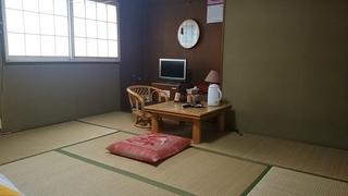 畳のお部屋、落ち着きのある和室。リーズナブルに宿泊を。