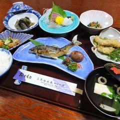 【レイトアウト12時】ビジネスに、観光に…♪≪食と湯≫で寛ぎの休日*現金特価