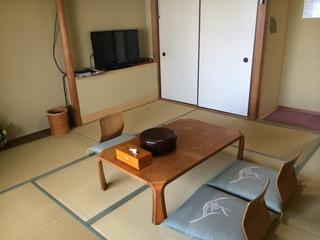昔ながらの和室(9畳/4名定員)
