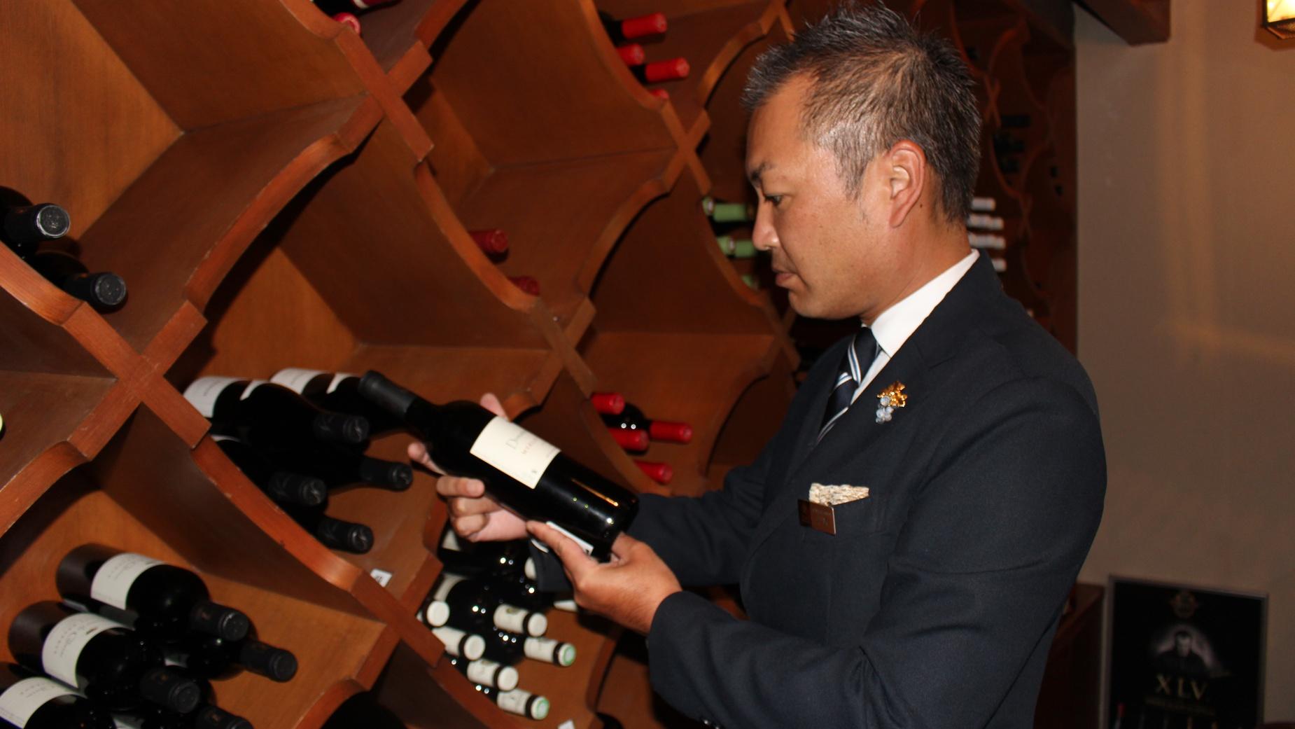 メインダイニング いと桜 ソムリエおすすめワイン&ディナー クラブスイート