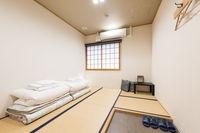 2人部屋個室(共用シャワー、トイレ)