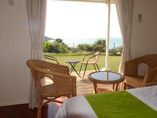 【選べる特典付】沖縄の観光にわくわく朝食付きツインルーム。