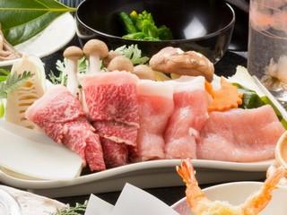 地元の三大肉が(但馬牛、八鹿豚、但馬すこやか鶏)が味わえる+サイコロステーキ付き
