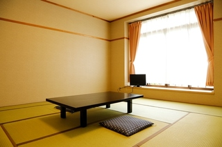 和室7.5畳〜8畳(バス・トイレなし)