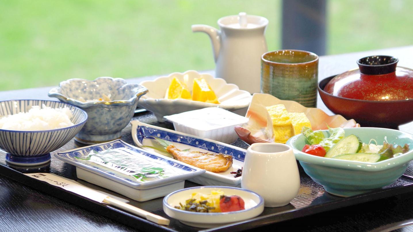 【朝食付】最終チェックイン22時!夕食はお好きなものを♪朝食は割烹ホテルの和食