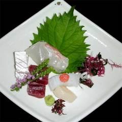 【記念日】◆特典付◆ワンドリンク付きで乾杯♪大切な日を彩るグレードアップ会席<2食付>