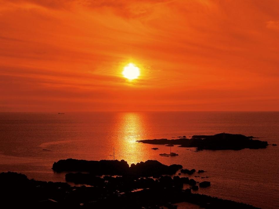 海と入り陽の宿 帝水 秋田 男鹿半島戸賀湾を見下ろす絶景の温泉旅館 image