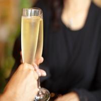 【20代〜30代限定】お父さんお母さんに日ごろの感謝■親孝行プラン シャンパンフルボトルプレゼント