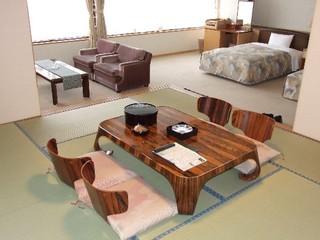 落着きの空間を演出する特別和洋室【バス・トイレ付き】