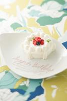 【シェフの手作り】人もわんこも食べられるホールケーキでお祝いしよう!(2名以上)