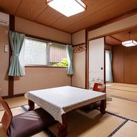【福寿荘】一戸建て離れ:リビング+6畳二間+4.5畳