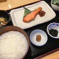 ご夕食に寿司御膳・松と選べる朝食の2食付プラン☆