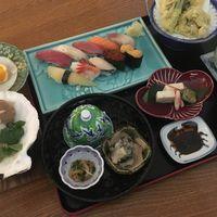ご夕食は寿司御膳・松☆夕食付プラン(朝食なし)