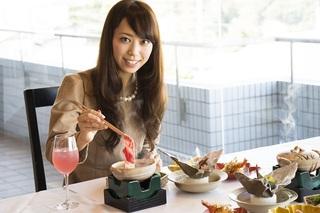 【夕食・朝食付】近江大倉和牛と免疫力アップのキノコでしゃぶしゃぶ鍋|美楽黒湯特選御膳