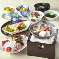 【夕食・朝食付】(飲み放題付)春を感じる桜鯛の海鮮しゃぶしゃぶ御膳|5月まで