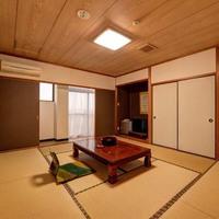 和室10畳+トイレ付+縁側
