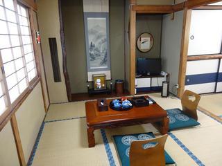 2階和室【梅月】6畳+3畳トイレ洗面台付お部屋専用バス1階