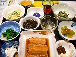 宮古島の郷土料理を堪能!夕食・朝食付きプラン♪(*^^*) 現金特価