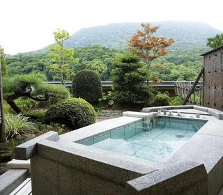 ◆飛天館露天風呂付和室が、今なら2名様14,000円オフ!