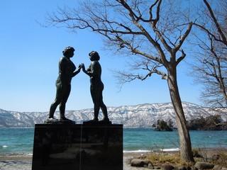 【GWプレセール特価】桜前線北上中ですよ!お花見旅のついでに、ちょっと足を延ばして十和田湖へ