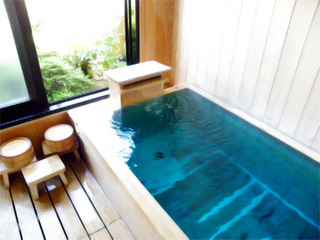 『旬の会席二食付』便利な好立地!大浴場・貸切風呂あり 丸小スタンダードプラン