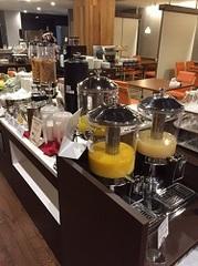 シルクホテル シングル 禁煙 朝食付 朝食お時間早朝の6:15より9:30まで