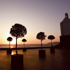 玄海灘を一望する白亜のデザイナーズホテルで大人の休日を≪メニル≫